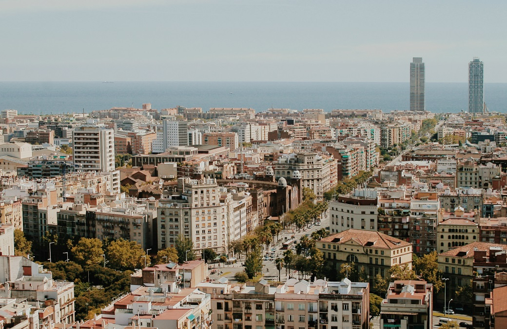 barcelona-aerial-panorama-from-la-sagrada-familia-spain-14