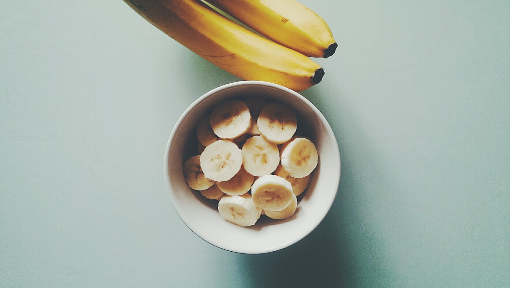 Minimalist Food Photography - Banana Bowl